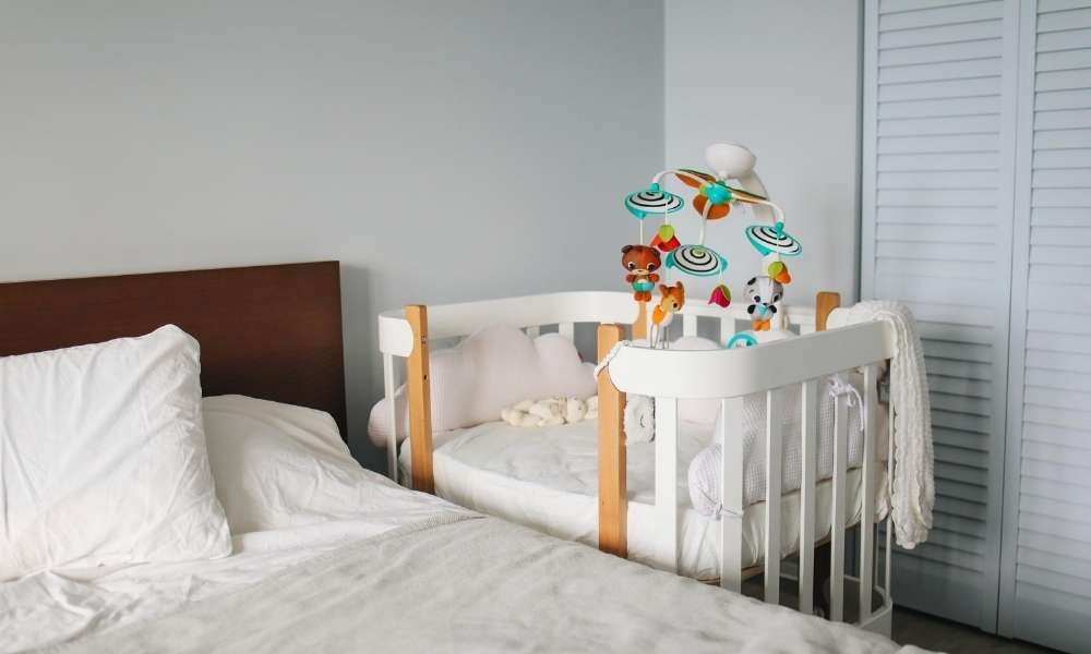 10 Best Mini Crib Mattresses For Your Baby in 2020