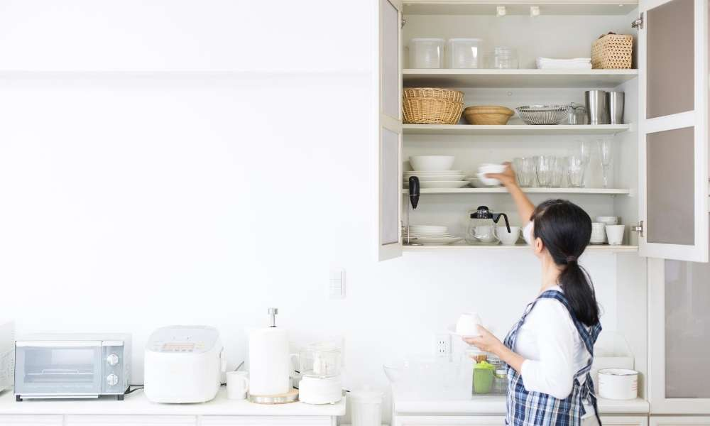 How To Organize Your Kitchen Cabinets Like a Ninja!
