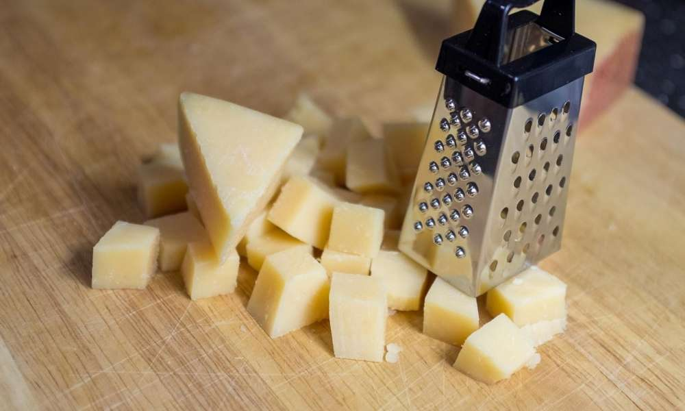 5 Essential Graters, Peelers And Slicers For Your Kitchen