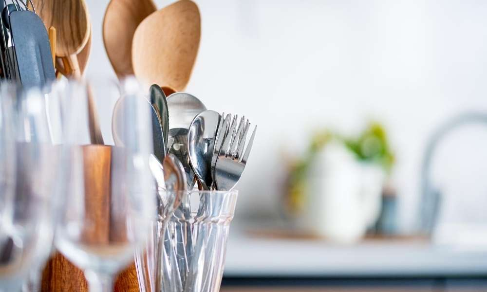 6 Essential Cooking Utensils List You Should Know