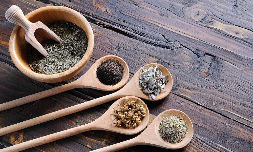 13 Essential Seasoning And Spice Tools List