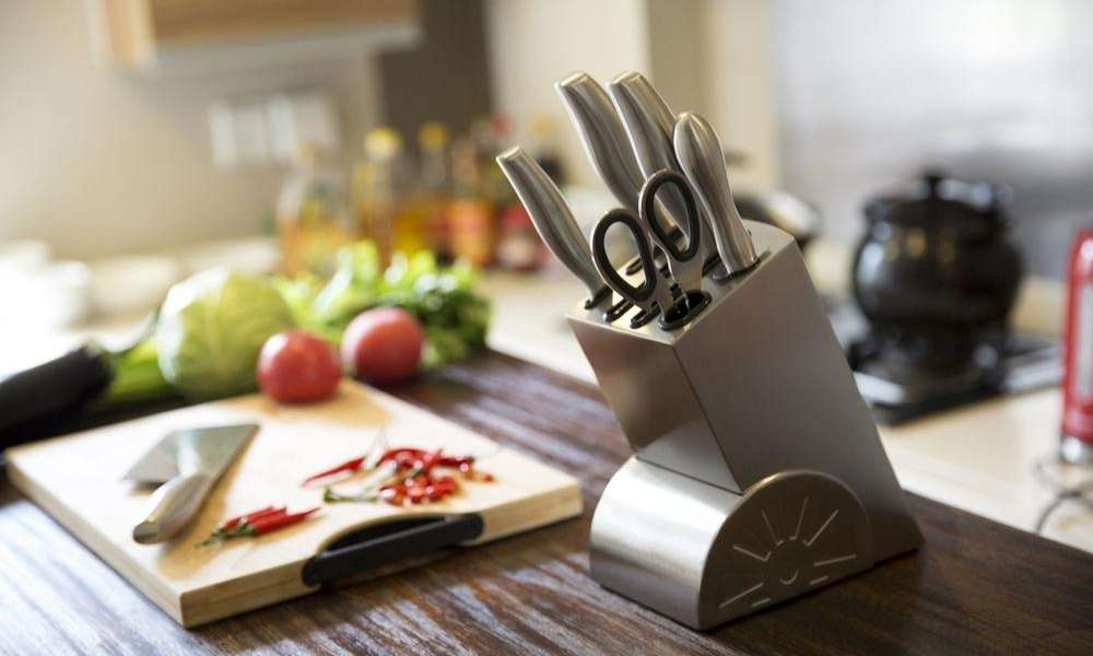 15 Essential Kitchen Knives And Cutlery Accessories List