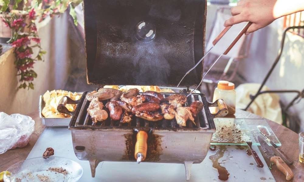 How to cook spare ribs on a gas grill