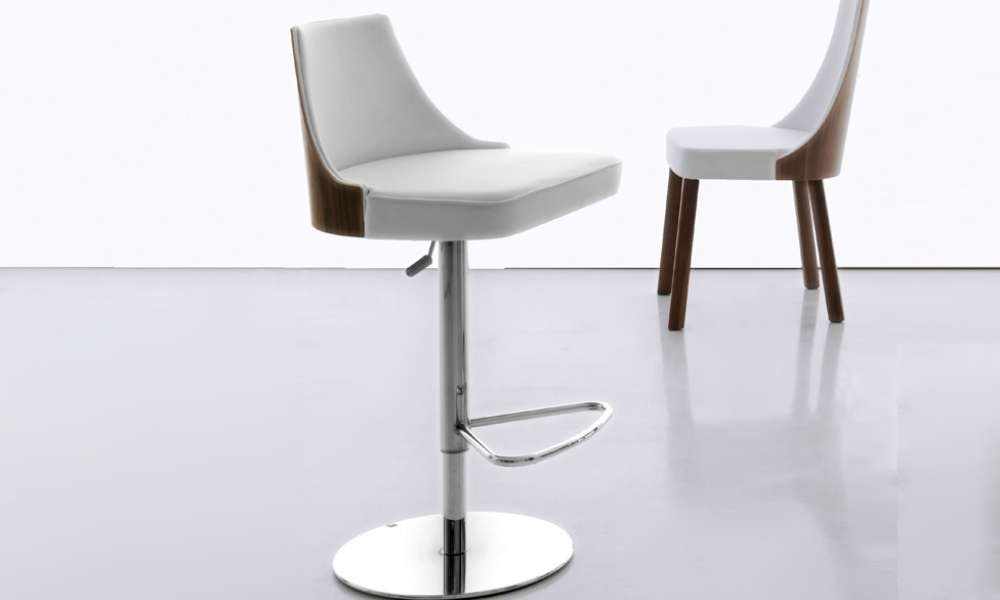 Spice Up Your Business Settings With Commercial Bar Stools