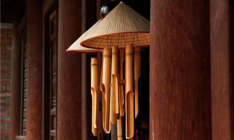 Door chimes greet visitors and alert you to their presence at the same time