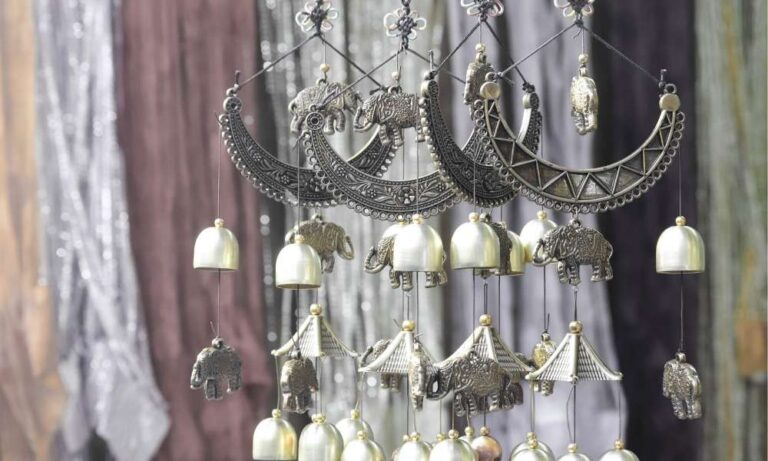 Metal wind chimes make great gifts